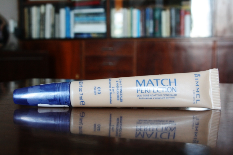 Rimmel Match Perfection maskuoklis